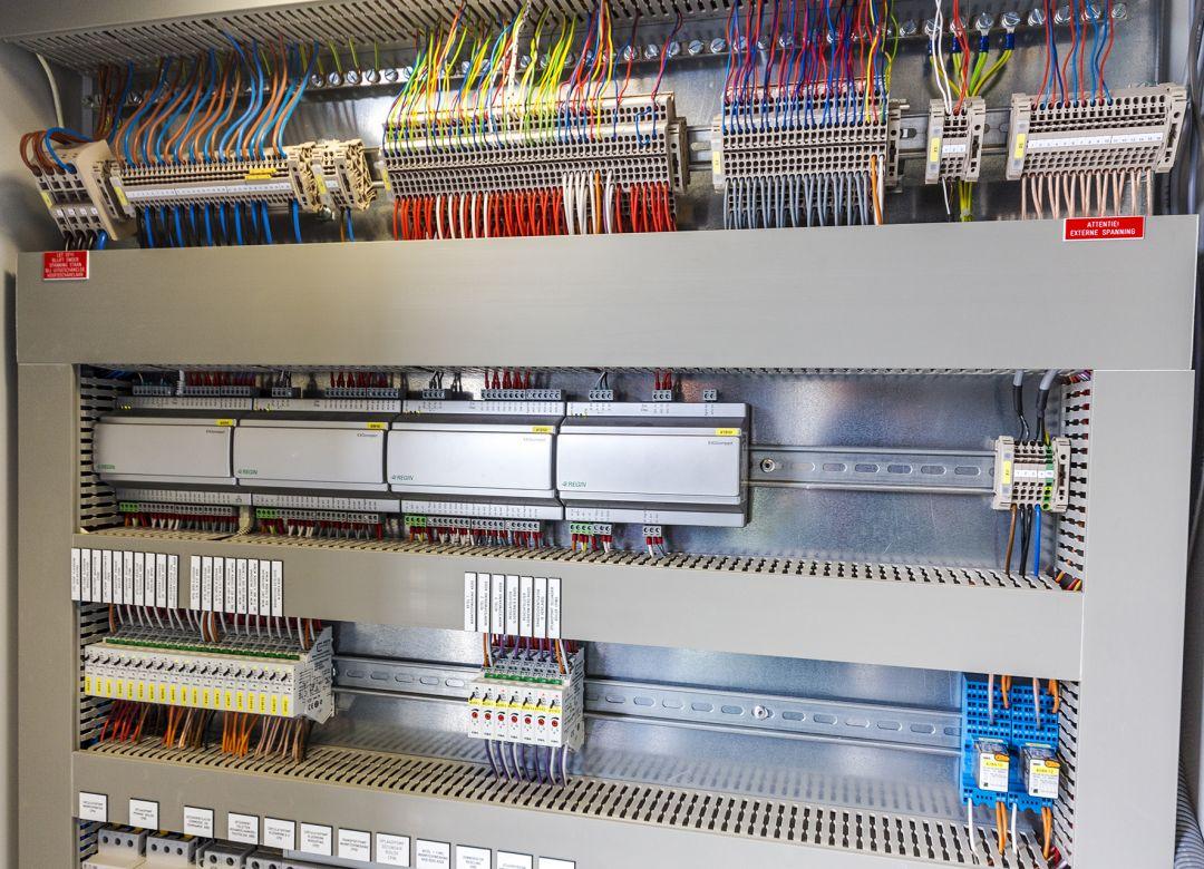 Regeltechniek & Gebouw beheersystemen